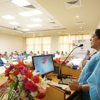 Pic 1- Mrs. Ruchi Narenndran, Managing Trustee, Education Office, JUSCO delivering theme talk at National Colloquium on School Education organised by XLRI
