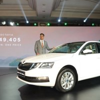 01 Ashutosh Dixit - Director Sales, Service & Marketing at ŠKODA AUTO India launches the New Octavia