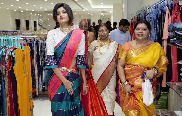 Saravana Stores The Crown Mall Inauguration at OMR - Photo 5
