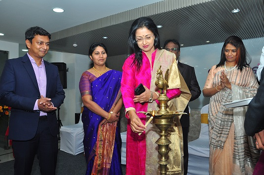 Actress Ms Gautami Tadimalla with Mr Kiran Gadela Co founder & MD, Dr Durga G Rao Co founder and medical director Oasis at the inauguration of Oasis at Anna nagar