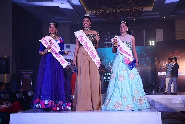 Lto R- Shali Nivekas(first runner up), Shreesha(Winner) and Mahalakshmi(Second Runner up