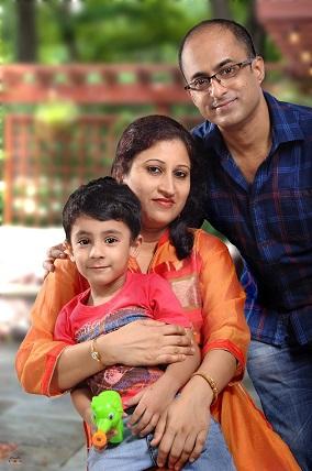 Rupayan Roy and family