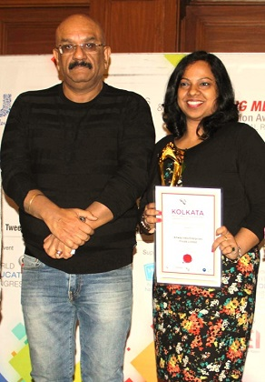 Nivedta Nayak, Regional HR manger, Amway India receives award from Employer Branding Institute
