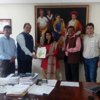 Ms Sulajja Firodia Motwani (Md - KGEPSL) and Mr George Thomas (Executive VP, ESAF Small Finance Bank) signed the MoU on Tuesday, 9th January 2018 in Pune in presence of Mr Hyder Ali Khan