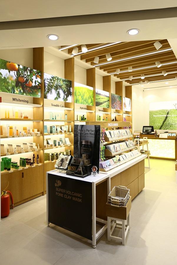 Innisfree Chennai Store 10 (1)
