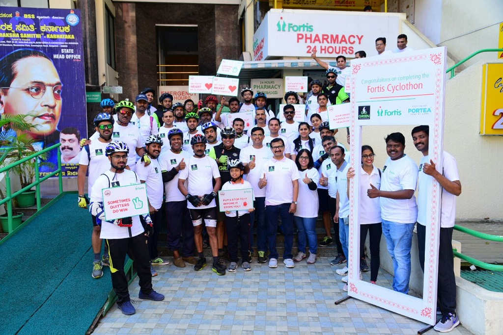 Cyclothon flagged off from Fortis Hospitals, Cunningham road