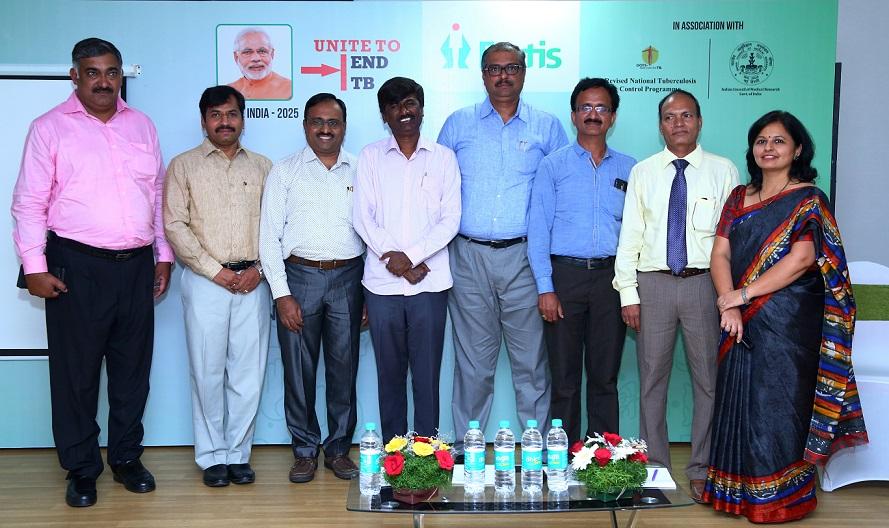Dr. Shalini Joshi along with Dr. Shripad A.Patil, Dr. Somasheker N, Dr.C.Ravichandra, Dr.Umashankar S, Dr. Anil Singarajipura, Dr. Sharath BN at Tuberculosis Symposium, Fortis Hospital