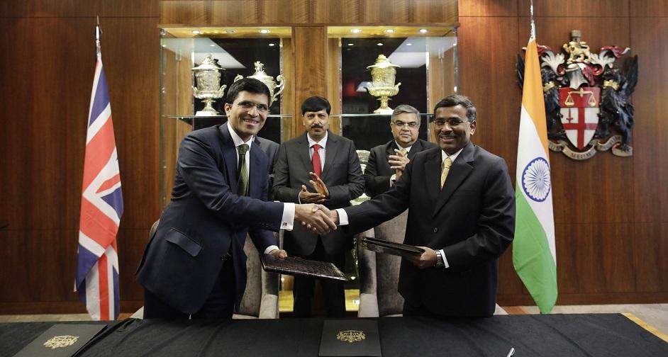 Vikram Limaye, MD & CEO, NSE & Nikhil Rathi, CEO, LSE Plc sign MoU on 21 Sep 2018 at London