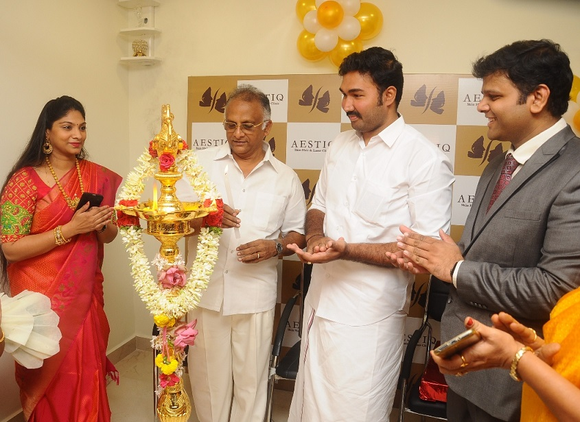 AESTIQ skin & hair laser clinic inaugurated by Dr. J. Jayavardhan Member of Parliament, Lok Sabha- Pic1