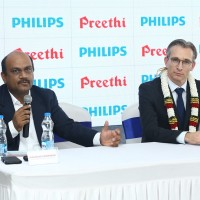 Srinivasan Subramanian, MD, Preethi Kitchen Appliances and Roy Jakobs, Cheif Business Leader, Roual Philips addressing the media
