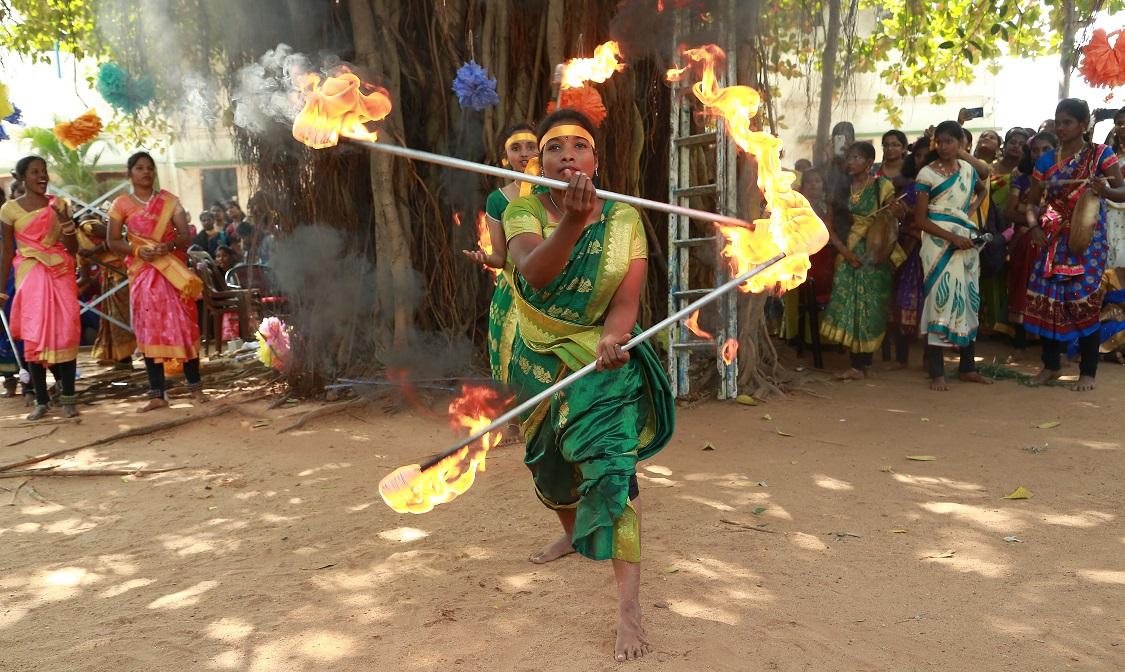 Neruppu Silambattam