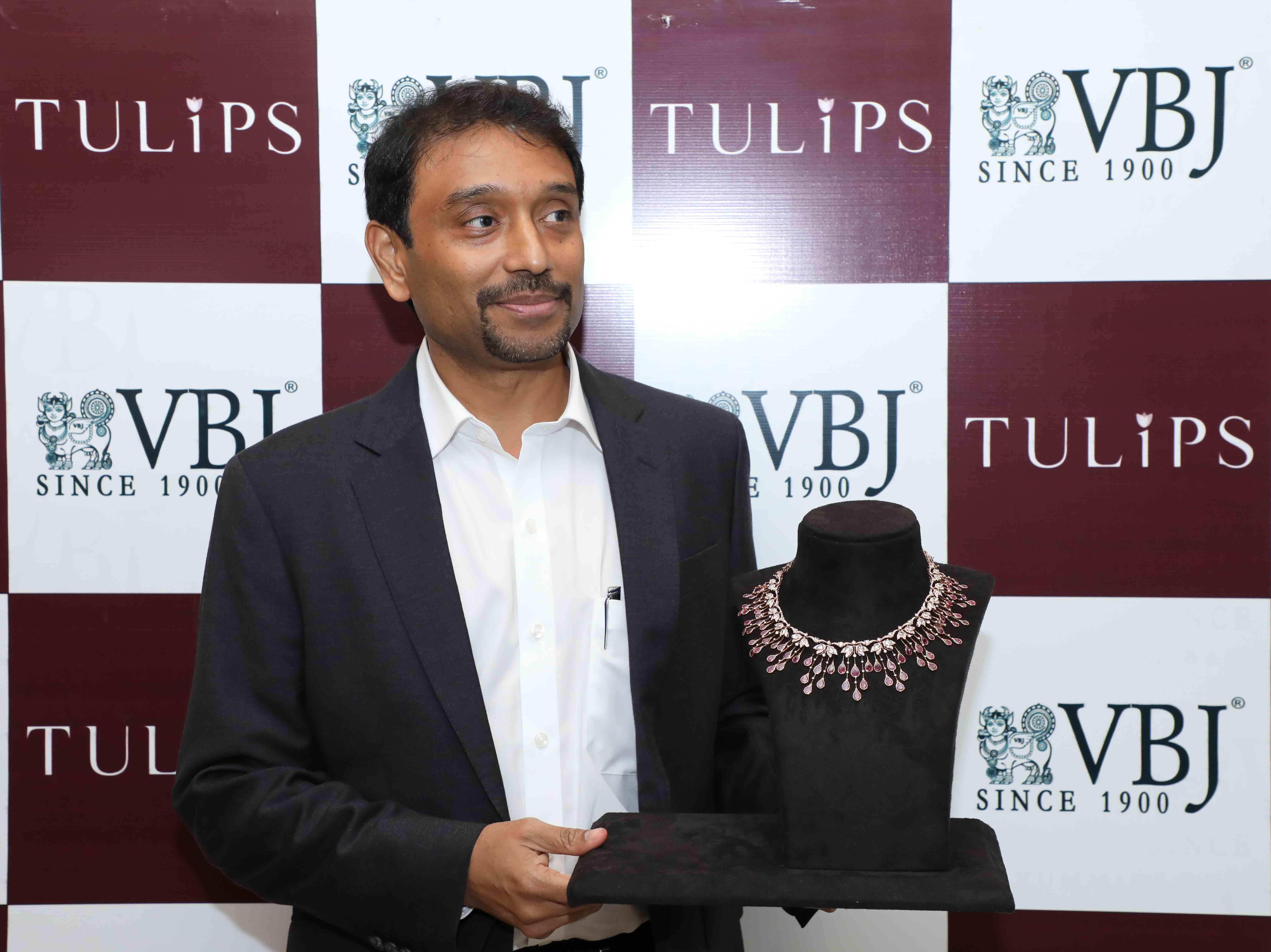 Mr. Jithendra Vummidi, Managing Partner at the launch of Tulips collection at the Anna Nagar showroom
