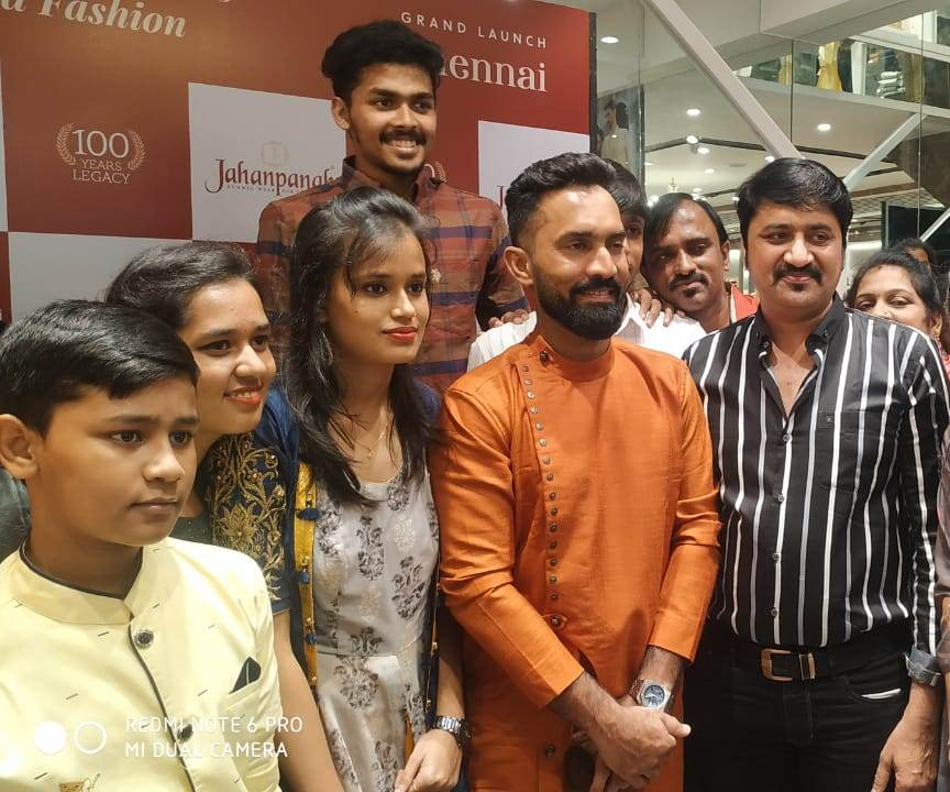 Dinesh Karthik During the launch of Jahanpanah' Store in Chennai